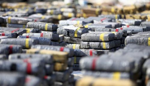 Foto Polisi Berhasil Gagalkan Pengiriman Narkoba 700 Kg ke Australia