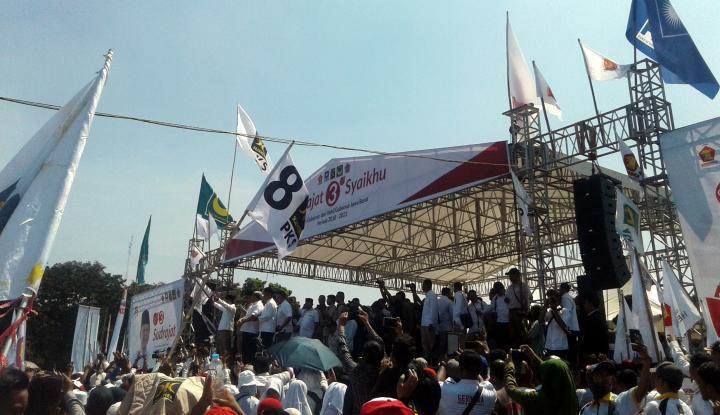 Foto Berita Disebut Cawapres Prabowo, Aher: Alhamdulillah