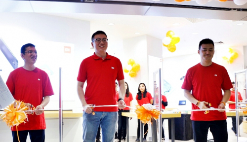 Foto Xiaomi Tambah 6 Authorized Mi Store