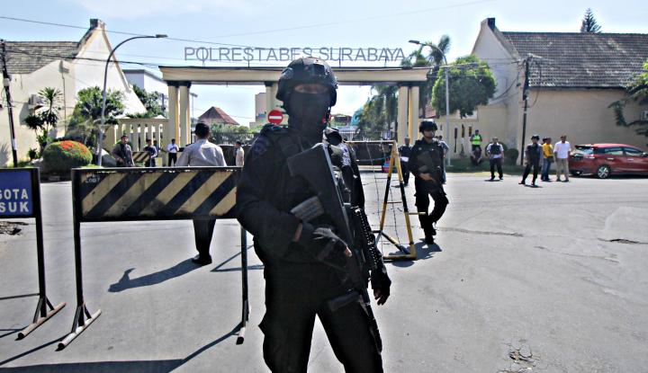 polisi dan bank jadi sasaran terduga teroris di blitar