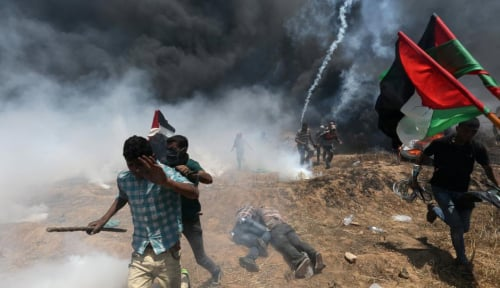 Foto Dua Orang Palestina Tewas dalam Serangan di Jalur Gaza