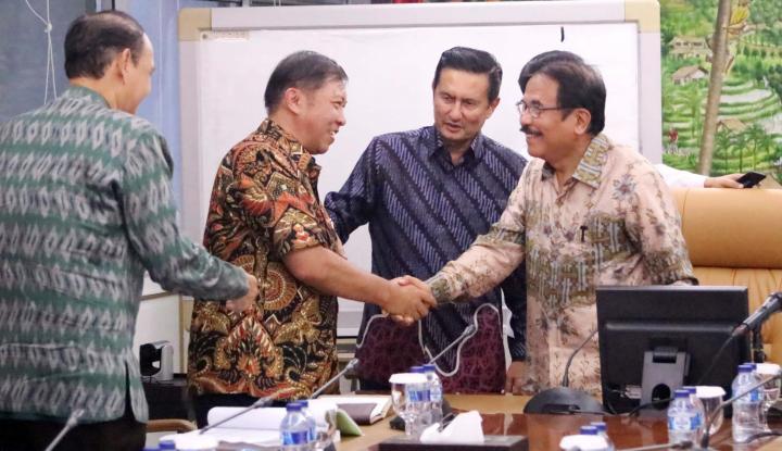 Foto Berita Tanggapi Tuntutan Buruh, Fadel Muhammad Temui Menteri ATR