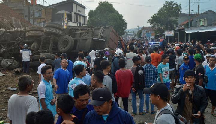 Foto Berita Kecelakaan Maut Bumiayu, Ini Dia Data 11 Korban Meninggal
