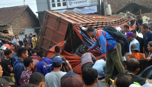 Foto Jalur Maut Pantura Bumiayu Telan Korban 11 Orang