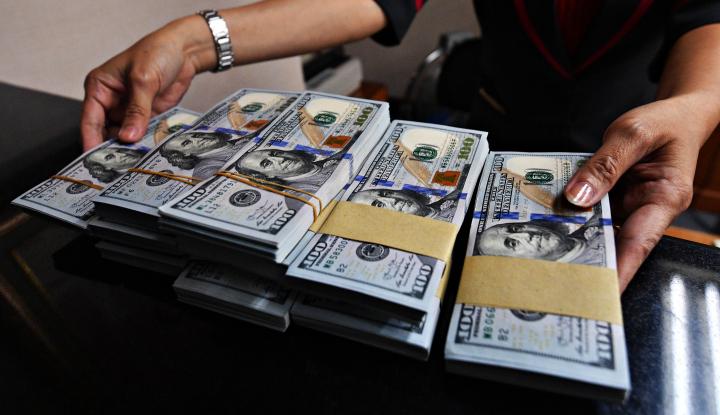 Foto Berita Dolar AS Menguat Didukung Penurunan Harga Minyak