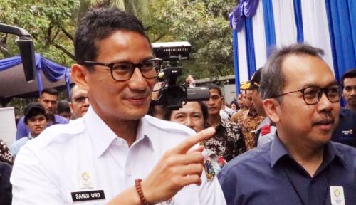 Foto Bang Sandi Bela Anies yang Copot Wali Kota Jakarta Timur Via WhatsApp