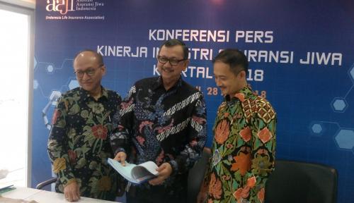 Foto Pendapatan Premi Asuransi Jiwa Melonjak 23,3% di Kuartal I 2018