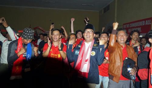 Foto Liverpool Kalah, Ridwan Kamil: You'll Never Walk Alone