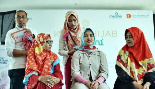 Foto Lebarkan Sayap, Dusdusan.com Sasar Pasar Fesyen Muslim