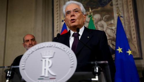 Foto Presiden Italia Terancam Dimakzulkan