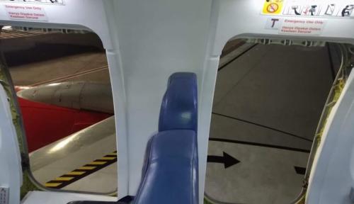 Foto Lion Air Tak Terima Ada Penumpang Buka Pintu Darurat Tanpa Instruksi Awak Kabin
