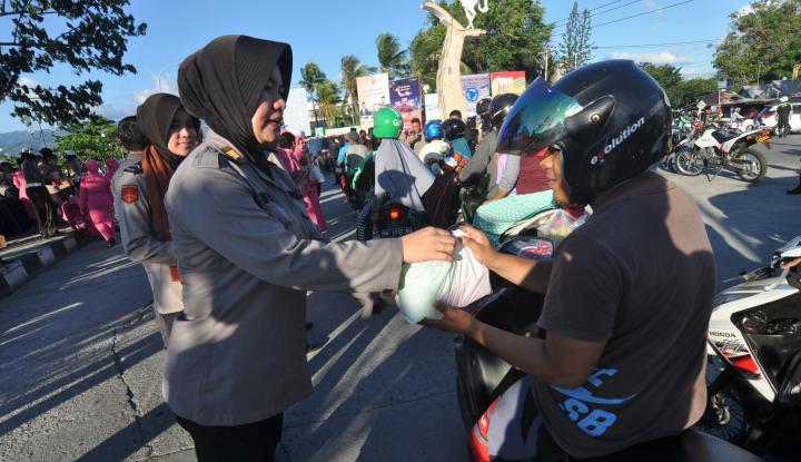 Masyarakat Luar Jawa Lebih Puas dengan Pelayanan Polisi, yang di Pulau Jawa Enggak Puas? - Warta Ekonomi