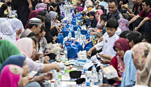 Foto Bulan Ramadan, KKPSS Jatim Gelar Bakti Sosial