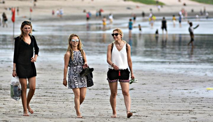 Paket Wisata Hemat Bodong di Bali dan Isu Konspirasi Investasi China (3) - Warta Ekonomi