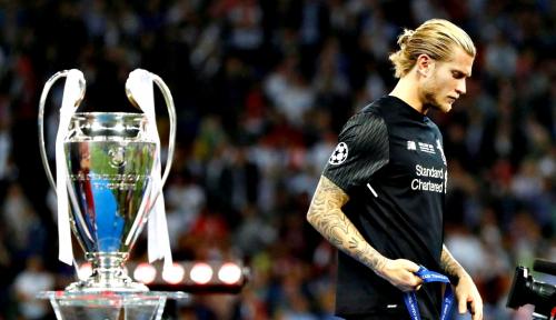 Foto Karius Gegar Otak saat Final Liga Champions