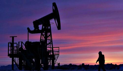 Foto Mei, Produksi Minyak OPEC Tembus 31,87 Barel per Hari