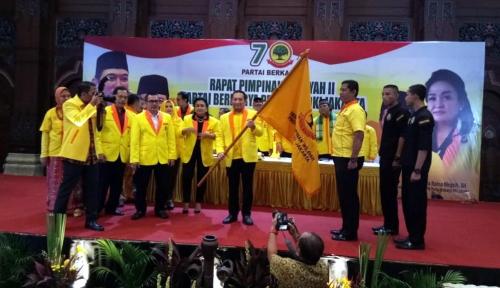 Foto Cucu Soeharto Terima Duit Rp3 M dari MeMiles, Partai Tommy Pasang Badan?