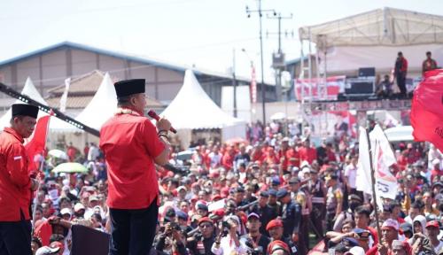Foto Kang Hasan Siap Antarkan Jokowi Dua Periode