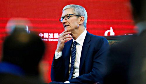 Foto Bos Apple Tim Cook Jadi Miliarder Baru, Berapa Harta Kekayaannya?