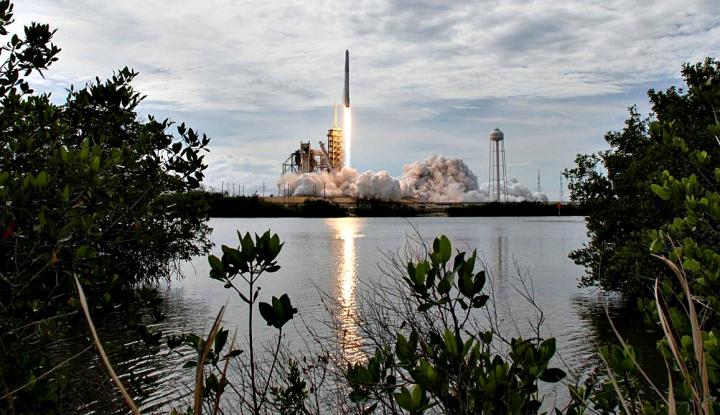 Kabarnya, SpaceX Akan PHK 10 Persen Pekerjanya - Warta Ekonomi