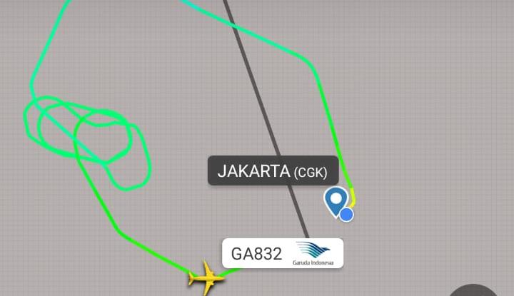 Foto Berita Alami Masalah Mesin, Pilot Garuda Putar Balik ke Bandara Soetta