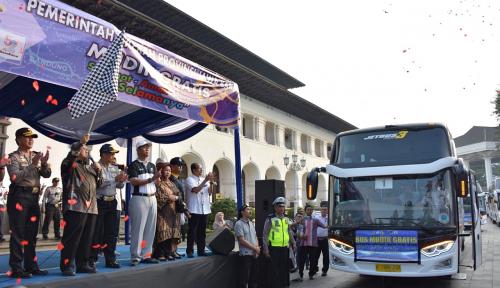 Foto Mudik Gratis, Pemprov Jabar Berangkatkan 130 Unit Bus