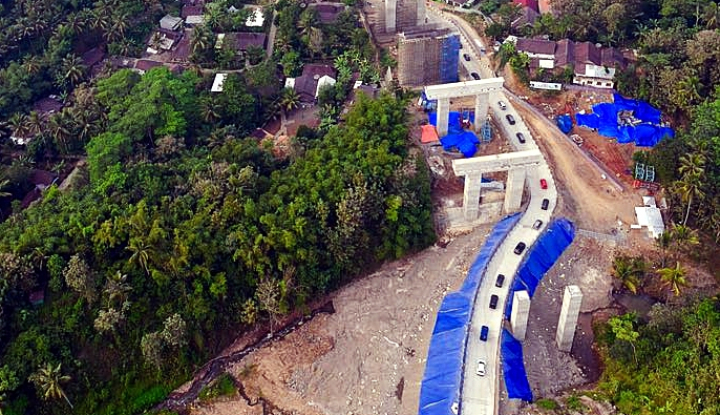 Foto Berita WSKT: Jalan Sementara Kali Kenteng Aman Dilalui Pemudik