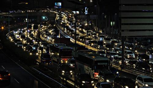 Foto Ganjil-Genap Berhasil Kurangi Angka Kecelakaan Hingga 32 Persen
