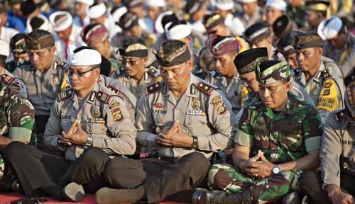 Foto Jelang Lebaran, TNI-Polri Tingkatkan Patroli Malam