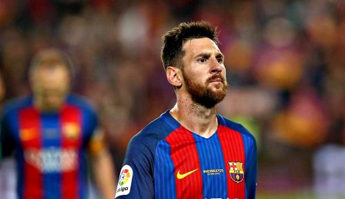 Foto Meski Mencium Keanehan, Messi Akan Tetap Bertahan di Barcelona
