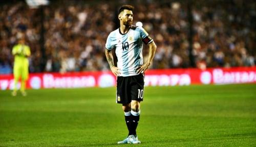 Foto Ada Konspirasi di Balik Kartu Merah Messi