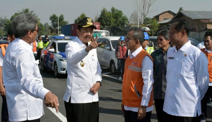 sambut lebaran, gubernur sumut gratiskan tol tanjung morawa-parbarakan