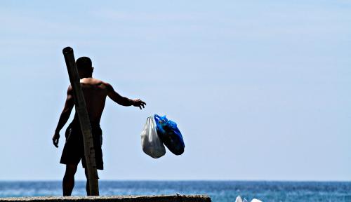 Foto Pandemic Corona Bikin Penggunaan Plastik Makin Tinggi
