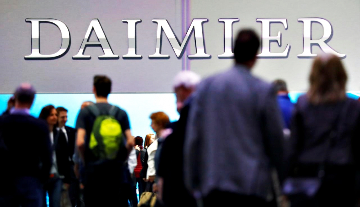 Foto Berita Daimler Siapkan Dua Truk Listrik Hadapi Tesla