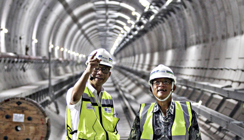 Kece Parah! MRT Indonesia Dapat Penghargaan Dubes Jepang