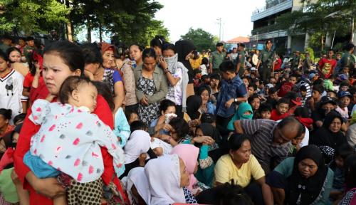 Foto JK Gelar Open House di Makassar, Warga Rela Antre Sejak Jam 5 Pagi