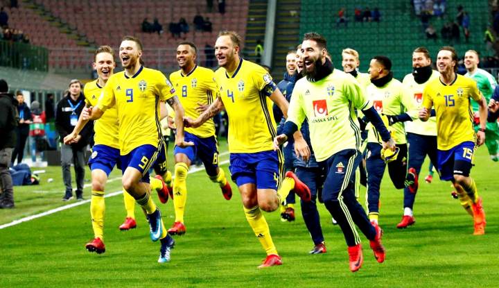 Foto Berita Ibrahimovic Sesumbar Swedia Mampu Kalahkan Inggris