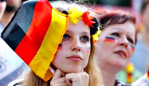 Foto Meski Kecewa, Pendukung Jerman Masih Berharap