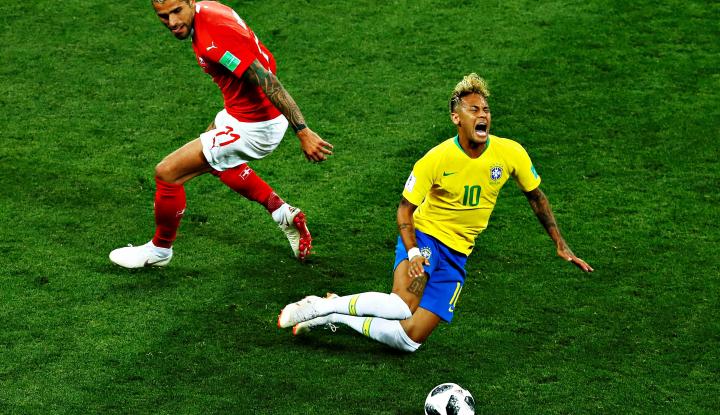 Foto Berita Aksi Divingnya di Piala Dunia Jadi Bulan-Bulanan di Medsos, Neymar Akui Malu