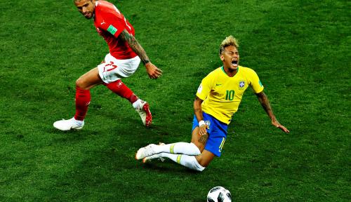 Foto Sering Dijegal, Dokter Neymar Tak terima