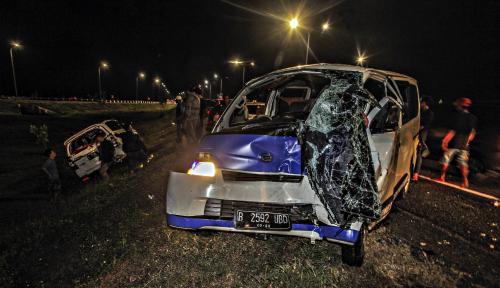 Foto Kecelakaan Selama Arus Mudik dan Balik Menurun