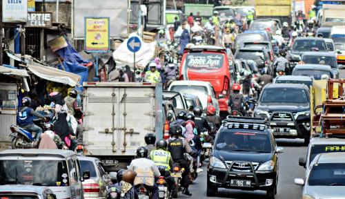 Foto Yah...Kenaikan Tarif Ojol Bakal Tingkatkan Kembali Penggunaan Kendaraan Pribadi