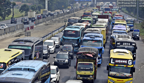 Sampai H+5, Kendaraan Menuju Jakarta Ramai Lancar