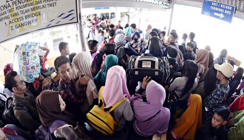 Foto 45.662 Pemudik Tinggalkan Sumatera Lewat Bakauheni