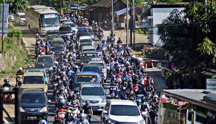 Foto Berita Arus Balik: Nagreg Berlakukan Sistem Buka Tutup