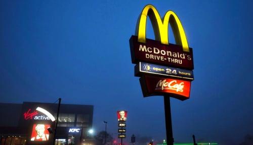 Foto Punya 'Hubungan Gelap' dengan Karyawannya, CEO McDonald's Dipecat