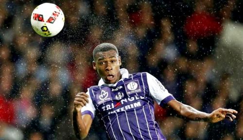 Foto Rekrut Diop, West Ham Pecahkan Rekor Transfer Klub