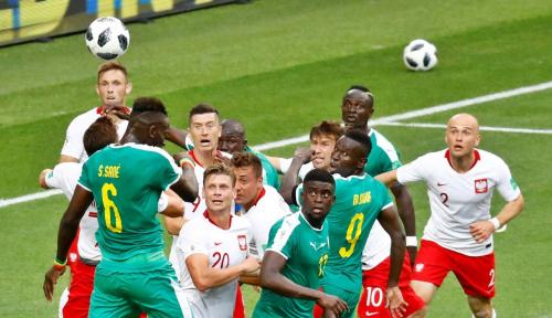 Foto Pelatih Polandia Kesulitan Jelaskan Kekalahan Timnya