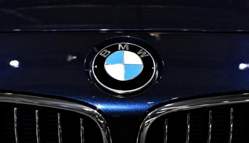 Foto BMW Tarik 140.000 Unit Seri 3 dari Pasar China