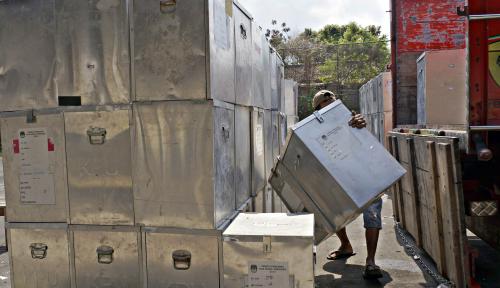 Foto Kotak Suara Pemilu, Tim Prabowo-Sandi: Daun Pisang Sekalian